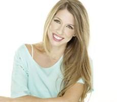 Contratar-01147404843-contratar-a-florencia-bertotti-onnix-entretenimientos-contratar-artistas- (4)