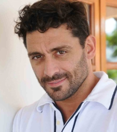 Contratar Hernan Piquin (011-4740-4843) Onnix Entretenimientos