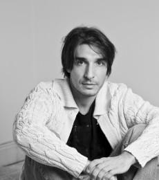 Contratar Sebastian Pajoni (011-4740-4843) Onnix Entretenimientos