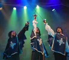 Los-tres-mosqueteros-representante-christian-manzanelli-los-tres-mosqueteros-contrataciones-shows- (1) – Copia – Copia