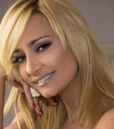 Contratar Andrea Ghidone (011-4740-4843) Onnix Entretenimientos