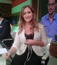 Contratar Carmela Barbaro (011-4740-4843) Onnix Entretenimientos