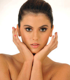 Contratar A Luciana Sismondi (011-4740-4843) Onnix Entretenimientos