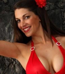 Contratar A Valeria De Genaro (011-47404843) Onnix Entretenimientos