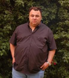 Contratar Tota Santillan (011-4740-4843) Onnix Entretenimientos