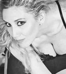 Contratar A Daniela Lopilato (011)47404843 Onnix Entretenimientos