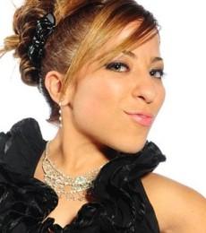 Contratar Noelia Pompa (011-4740-4843) Onnix Entretenimientos