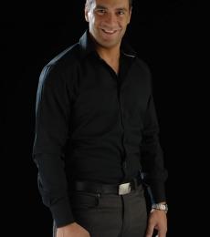 Contratar Gustavo Conti (011-4740-4843) Onnix Entretenimientos