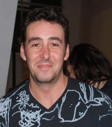 Contratar Rodrigo Vagoneta (011-4740-4843) Onnix Entretenimientos