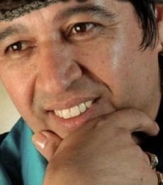 Contratar Mario Luis (011-4740-4843) Onnix Entretenimientos