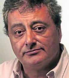 Contratar Claudio Rissi (011-4740-4843) Onnix Entretenimientos