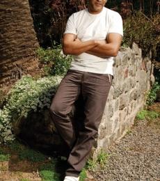 Contratar Diego Alonso (011-4740-4843) Onnix Entretenimientos