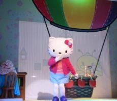 Ello_kitty_un_dia_de_suerte_hello_kitty_contrataciones_christian_manzanelli_hello_kitty_representante_christian_manzanelli_hello_kitty_infantiles_christian_manzanelli (3)