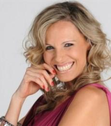 Contratar Denise Dumas (011-4740-4843) Onnix Entretenimientos