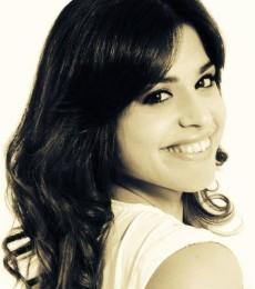 Contratar Eugenia Quevedo (011-4740-4843) Onnix Entretenimientos