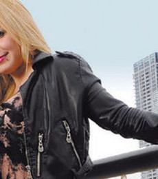 Contratar Karina La Princesita (011-4740-4843) Onnix Entretenimientos