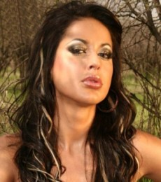 Contratar A Pamela Sosa (011-4740-4843) Onnix Entretenimientos