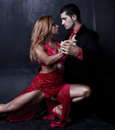 Contratar A 2×4 Tango Al (011)47404843 Onnix Entertainment Group