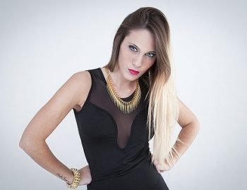 Contratar Antonella Balague (011-4740-4843) O Al (011-2055-4218) Onnix Entertainment Group