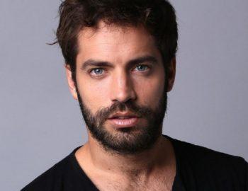 Contratar Benjamín Alfonso (011-4740-4843) O Al (011-2055-4218) Onnix Entertainment Group