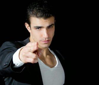 Contratar Alejandro Valencia (011-4740-4843) O Al (011-2055-4218) Onnix Entertainment Group