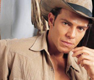 Contratar Juan Alfonso Baptista (011-4740-4843) O Al (011-2055-4218) Onnix Entertainment Group